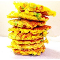 Healthy Corn and Capsicum Fritters with Avocado Salsa
