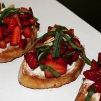 Strawberry Balsamic Bruschetta