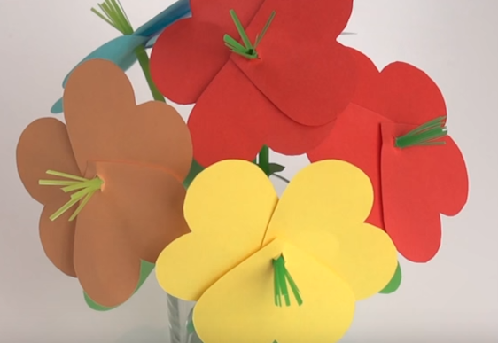 Paper flower craft perfect for Mother's Day