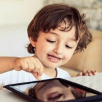 Parents Warned Kids Under One Should NOT Be on Devices