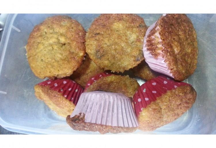 choc chip and banana muffins
