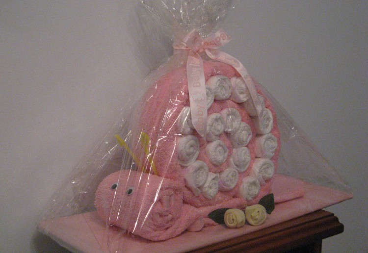 Nappy Snail baby shower gift