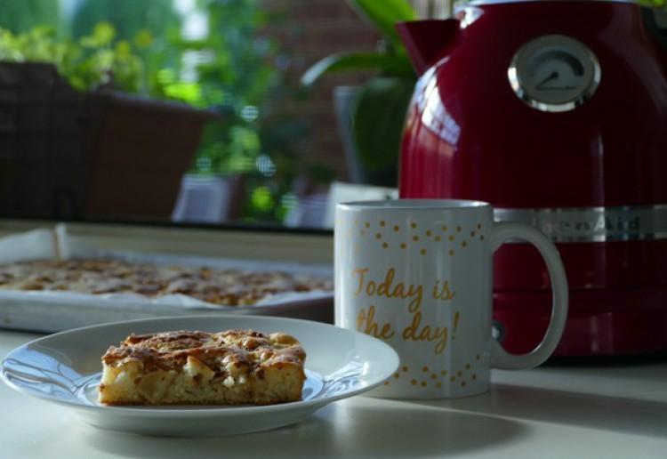 Albina's Apple Cake