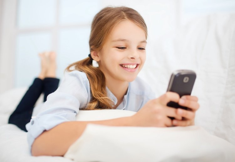 Mobile Phones to be BANNED From Aussie Primary Schools