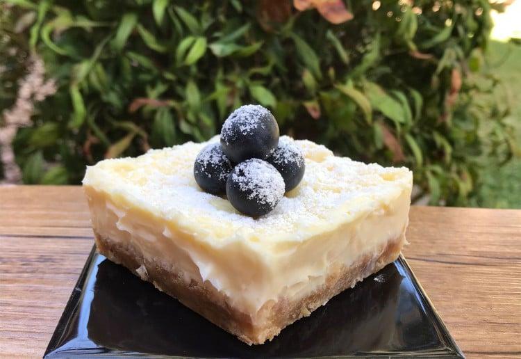 Simple Individual Microwave Cheesecakes