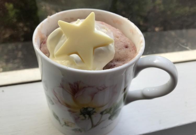 Strawberry & Cream Mug Cake