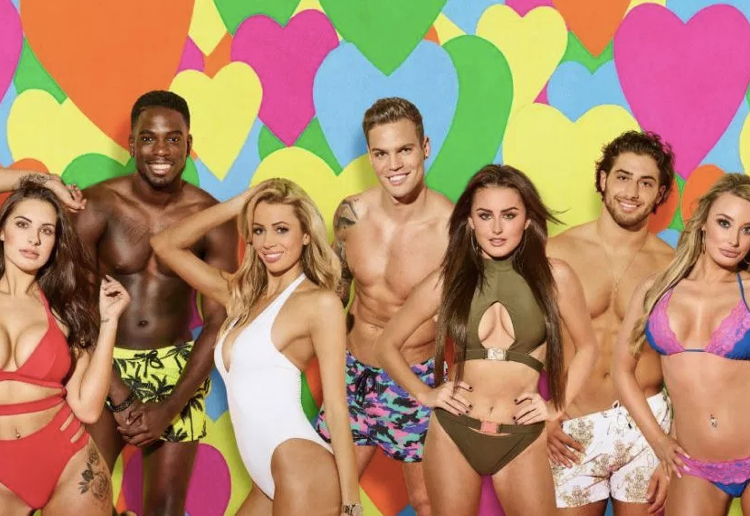 Debate Over Whether Young Girls Should Watch Shows Like 'Love Island'