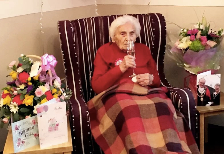mom101628 reviewed 105-Year-Old Woman Says Avoiding Men Is Secret To A Long And Happy Life