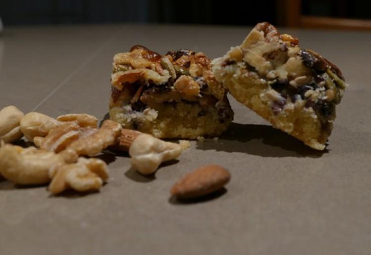 Yummy Nut Slice