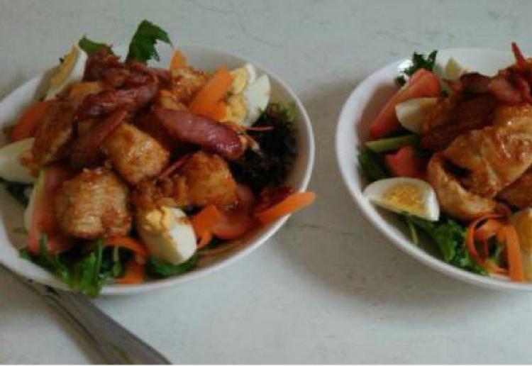 Honey BBQ Chicken Salad