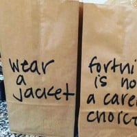 Mums Not So Subtle Lunch Bag Messages to Her Kids Go Viral