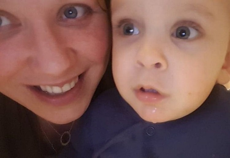 Mum's Frightening Warning After Nearly Strangling Toddler With Her Hair