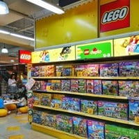 The First LEGO Store Has Opened In Sydney!