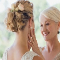 This Bride Is Furious About How Her Mum Behaved On Her Wedding Day
