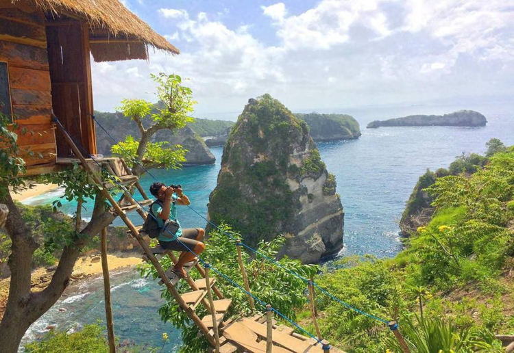 You Can Now Stay In This Incredible Balinese Tree House