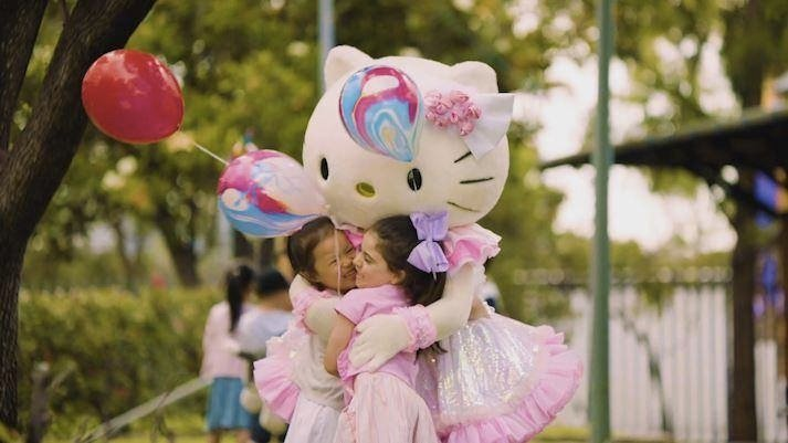 easter-show-hello-kitty