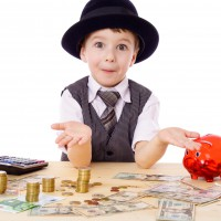 Five Tips For Helping Children Become Financially Literate In a Digital World
