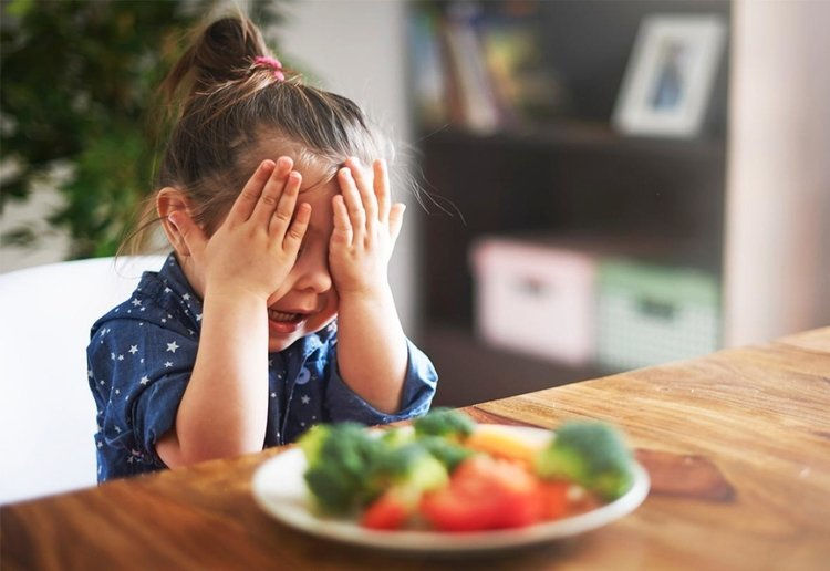 Parents Could Go To Prison For Making Kids Eat Vegan