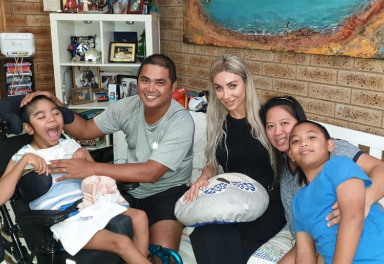 Nissy Nassif Helps Broome Family In Crisis With Wiping Tears