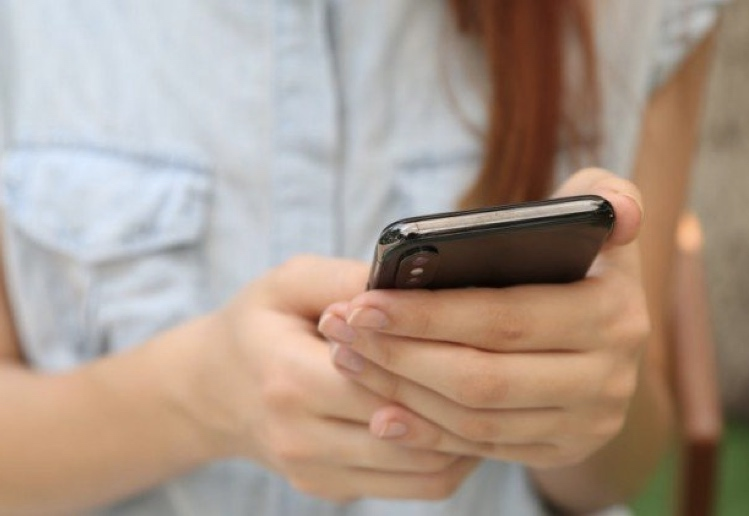 Is it OK to Go Through Your Child's Phone Messages